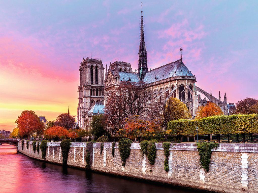 Kebakaran, Ini Sejarah di Balik Katedral Notre-Dame Paris