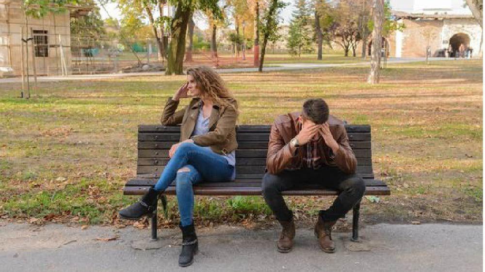 Dear Lelaki, Ini 11 Hal yang Bisa Membuat Perempuan Cemburu Berat