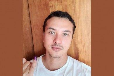 10 Artis Indonesia yang Pamer Jari Ungu dan Harapan untuk Indonesia