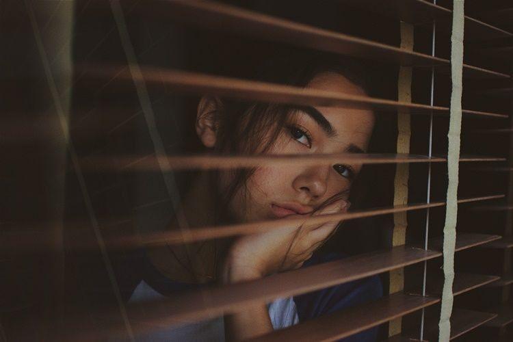 20 Kata Kata Cinta Sedih Buat Pacar Yang Bikin Nyesek