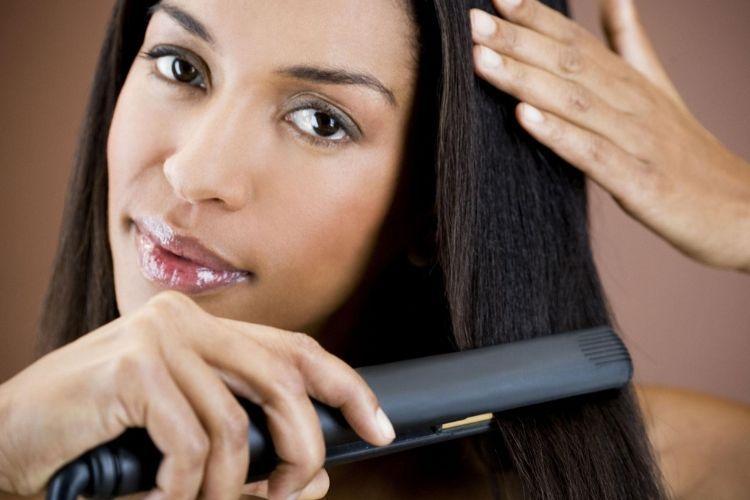 8 Cara Mencegah dan Merawat Rambut Bercabang Supaya Tetap Indah