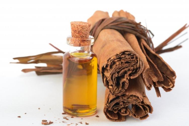 5 Obat Kumur Alami untuk Mengatasi Bau Mulut