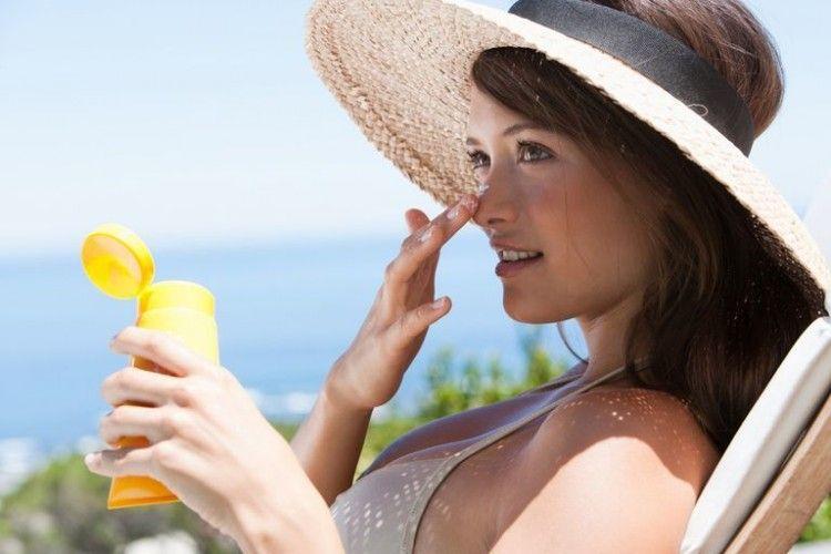 Ternyata, Ini 7 Cara Menggunakan Sunblock yang Benar!
