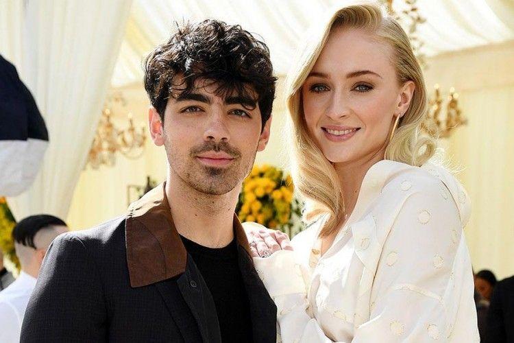 Pasangan Ini Bikin Gagal Fokus di Billboard Music Awards 2019, Kenapa?