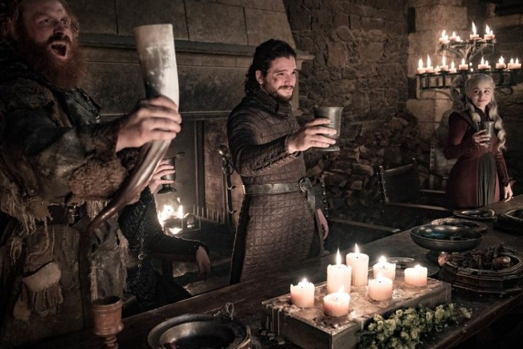 Starbucks atau Bukan? Ini Kata HBO Soal Kopi di Adegan Game of Thrones