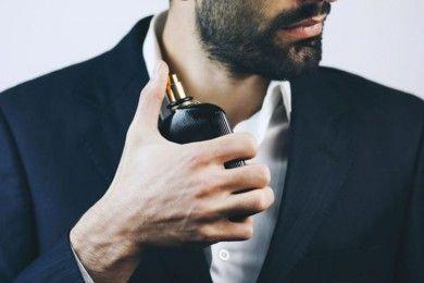 Ini 7 Merk Parfum Pria Terbaik Tahan Lama