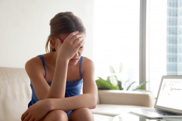 Terlalu Membutuhkan Cinta Bisa Berujung Self Bullying, Ini Tandanya