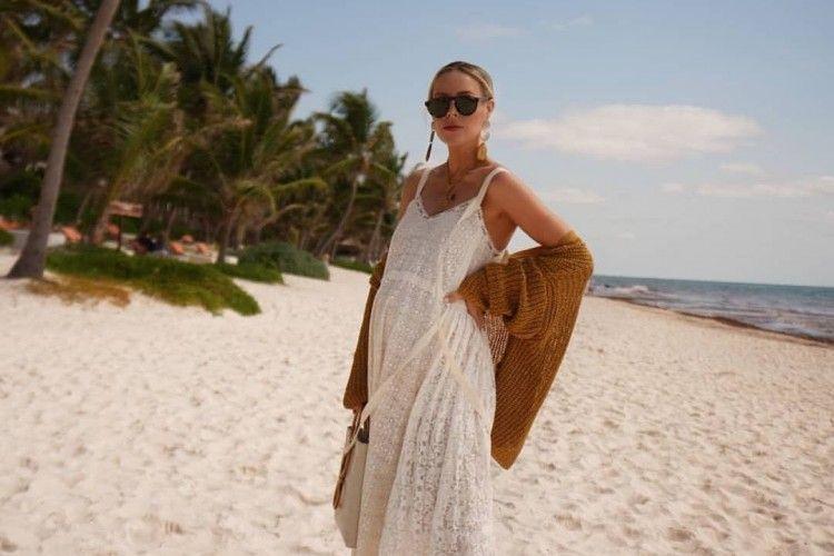 6 Model Dress Pantai yang Wajib Kamu Bawa Saat Berlibur