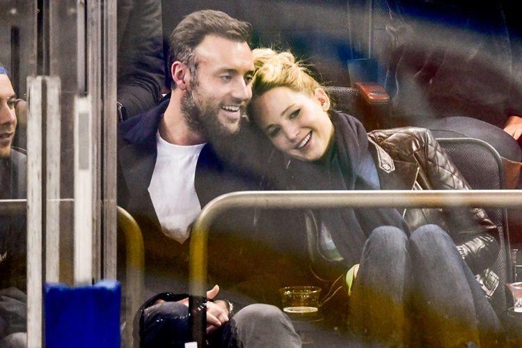 Akhirnya! Jennifer Lawrence dan Cooke Maroney Gelar Pesta Pertunangan