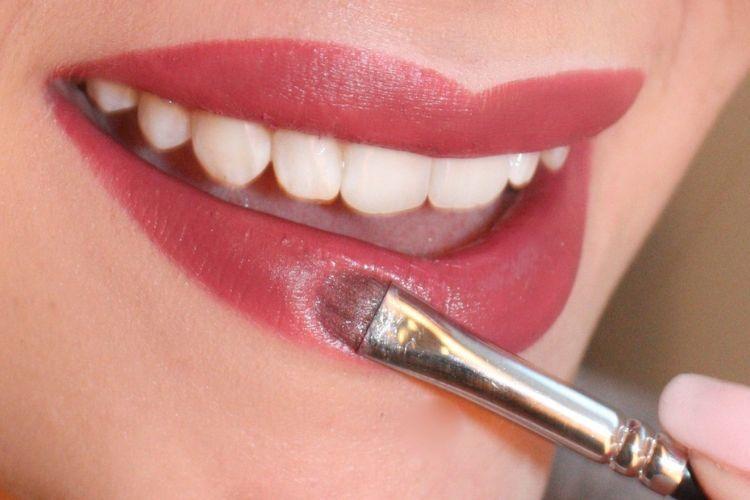 5 Kesalahan yang Perlu Dihindari agar Lipstik Menempel Sempurna