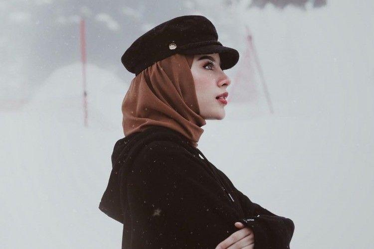 Tampil Hits, Ini Dia 11 Rekomendasi Aksesori Hijab yang Bisa Dimiliki