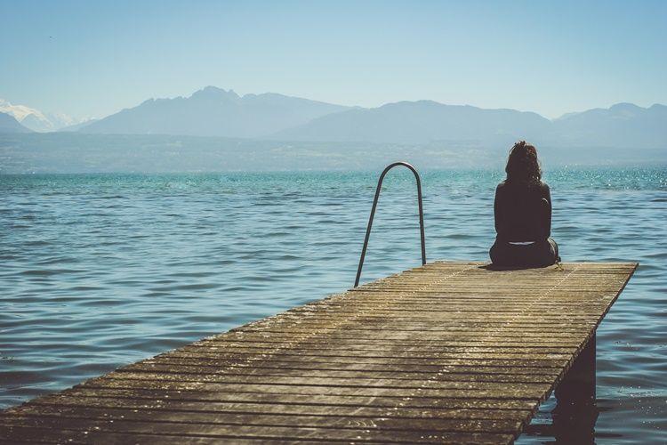 20 Kata Kata Sedih Yang Menyentuh Hati Wanita