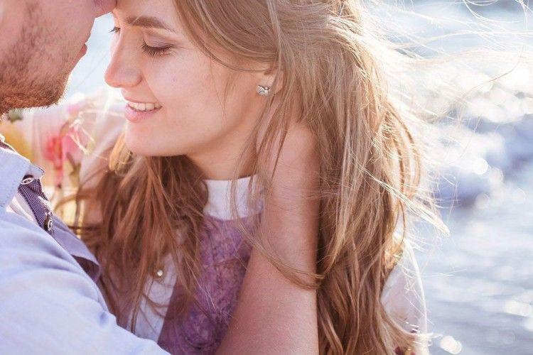 Kata-Kata Romantis untuk Calon Suami