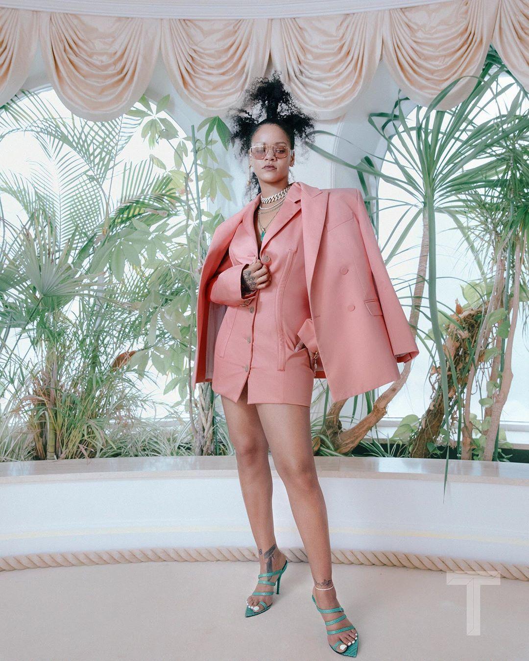 Rihanna Berikan Sneak Peek Soal Debut Koleksi Fenty Terbaru!