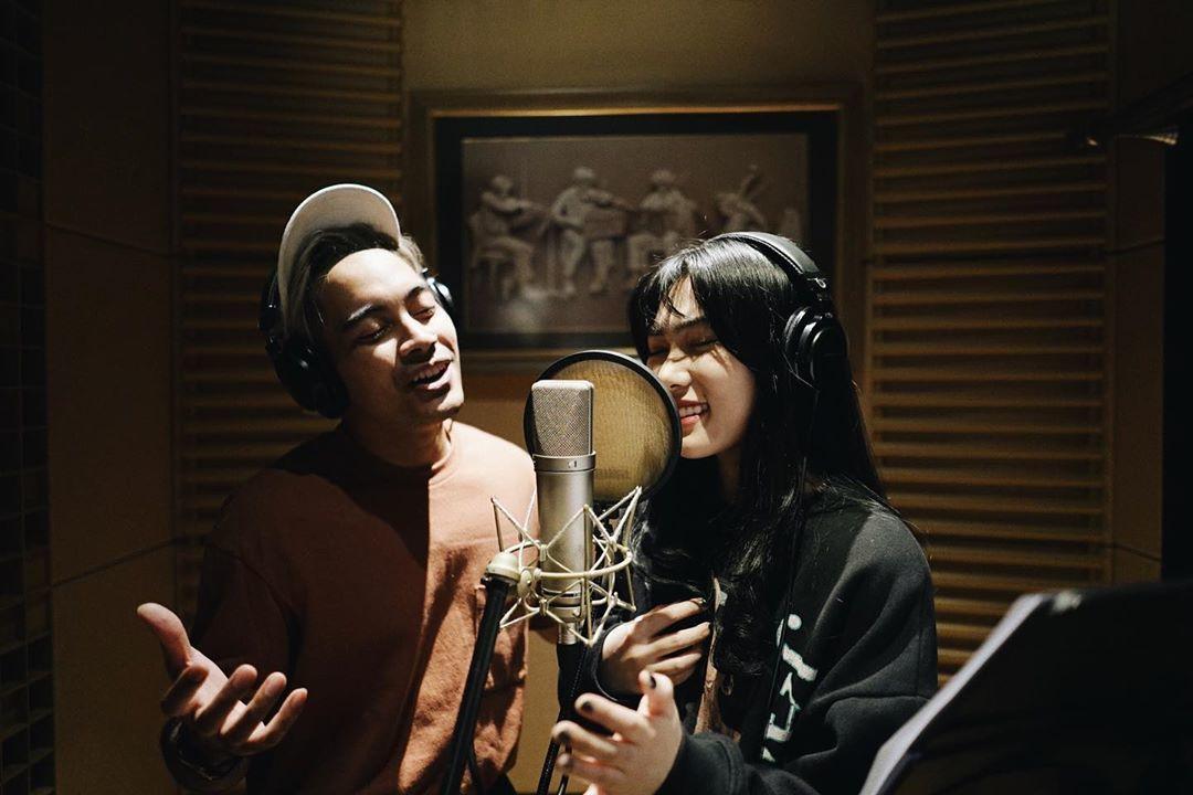 Cerita Seru Isyana & Gamaliel Saat Kolaborasi dengan Disney