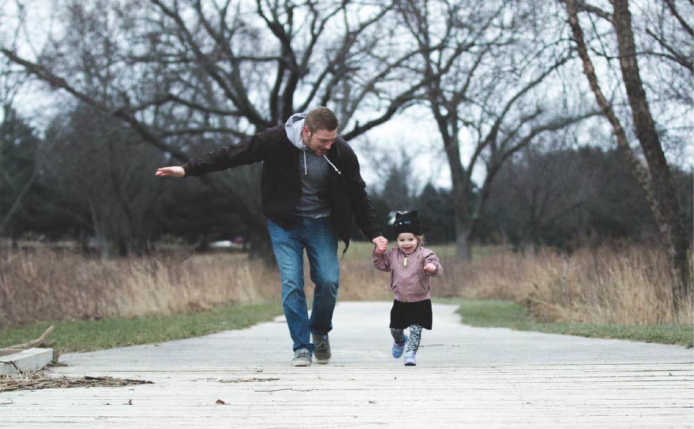 Semakin Menua, Lakukan 5 Hal Ini pada Orangtua Sebelum Kamu Menyesal