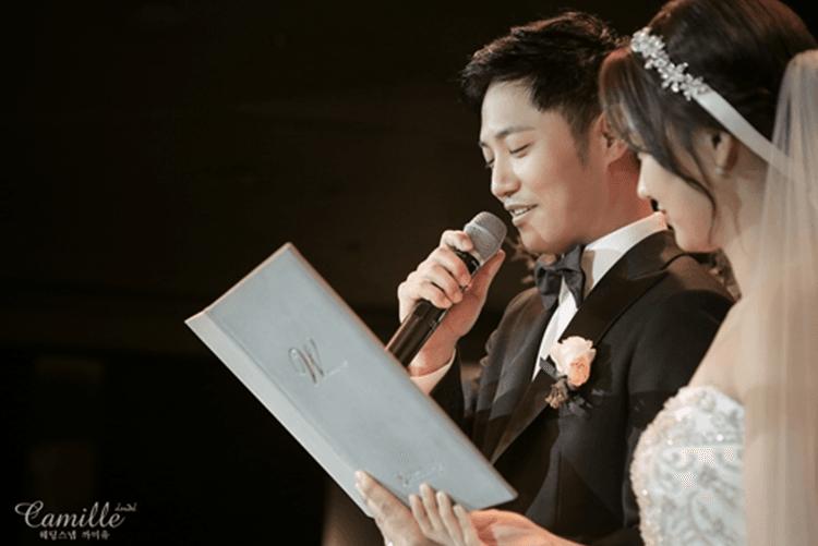 So Sweet! 5 Artis Korea Ini Menikah dengan Cinta Pertamanya