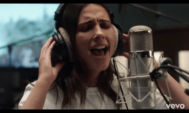 Lirik Lagu 'Speechless' Naomi Scott