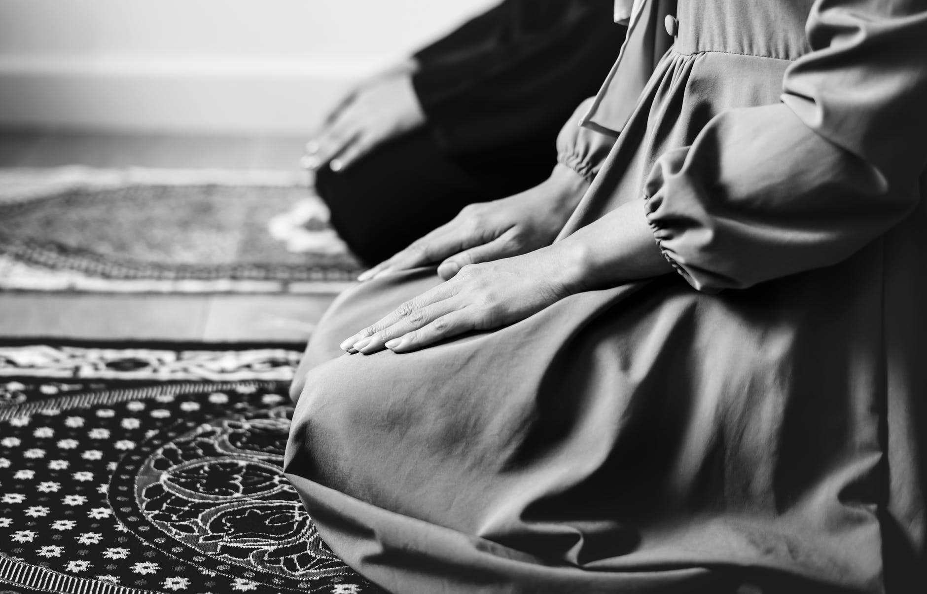 20 Kata-Kata Cinta Beda Agama, Dari Bijak Hingga Sedih