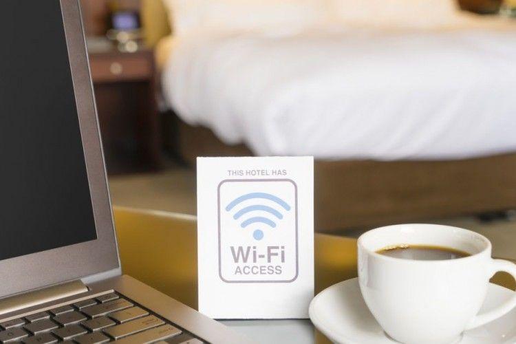 Risiko Pakai Akses WiFi Saat Menginap di Hotel dan Airbnb