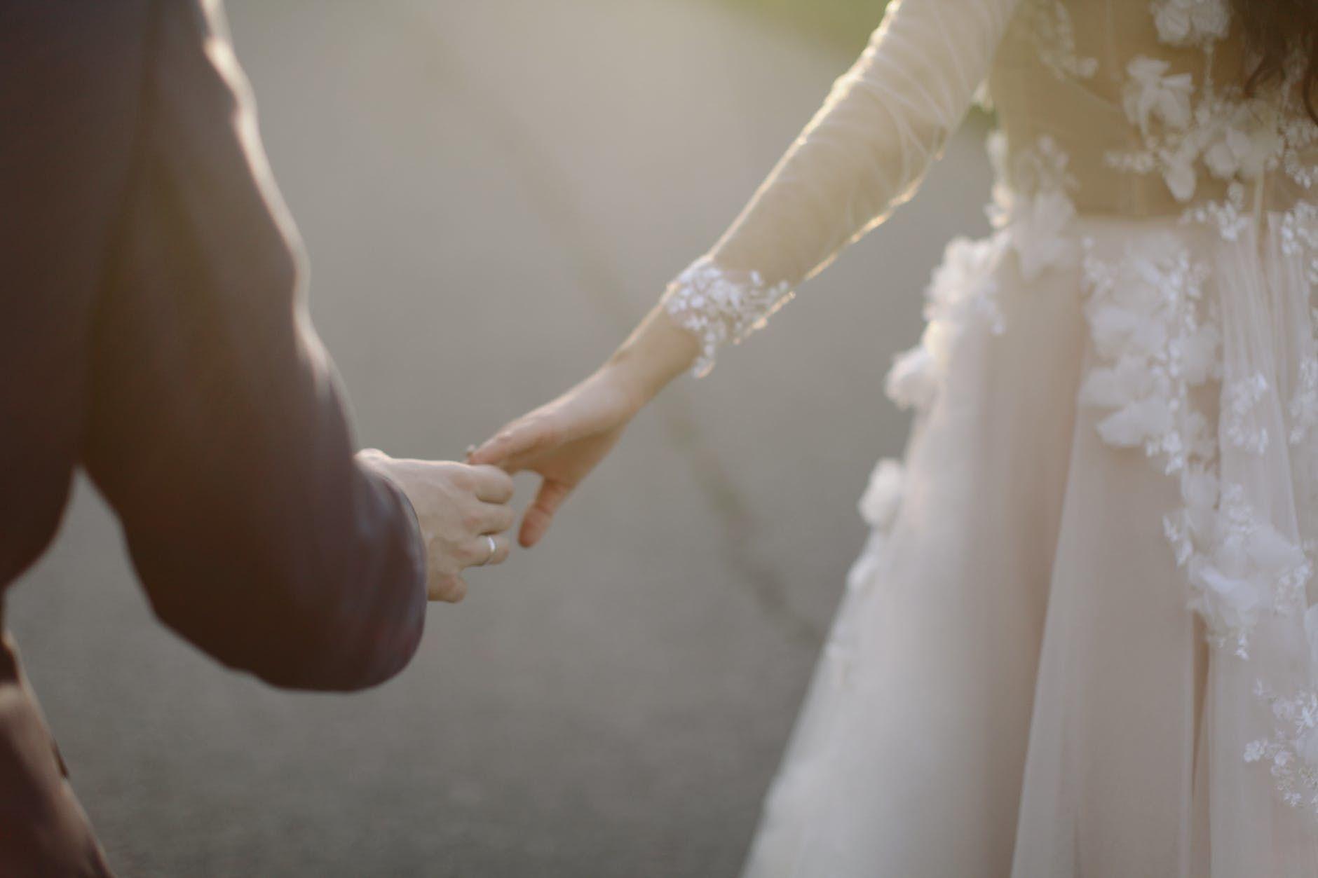 Pernikahan Beda Agama, Apa Saja Tantangannya?