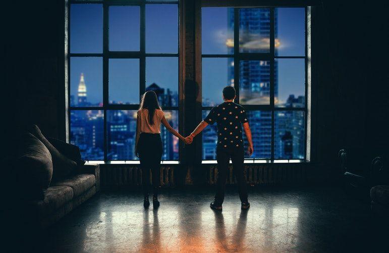 10 Kutipan Tentang Cinta yang Bisa Kamu Kirim ke Dia Hari Ini