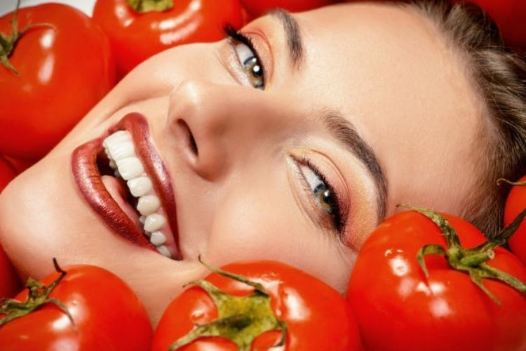 Ini Dia 7 Manfaat Masker Tomat yang Wajib Kamu Ketahui