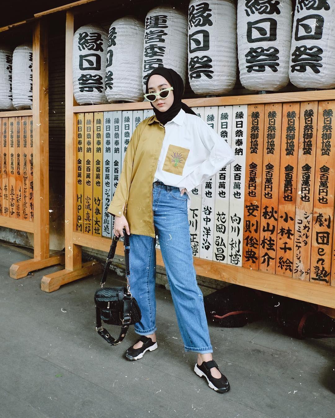 6 Style Hijab Dengan Celana Jeans Kekinian Ala Influencer