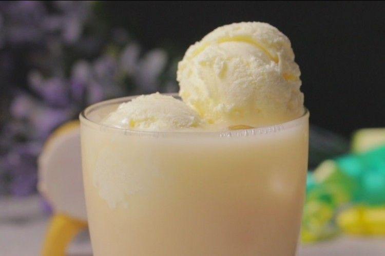 Resep Membuat Minuman Es Yakult Leci Float