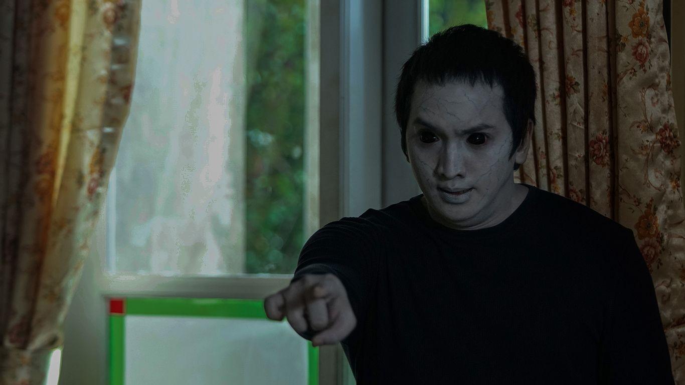 Review Film Ghost Writer: Sukses Bikin Takut, Capek dan Nangis Terharu