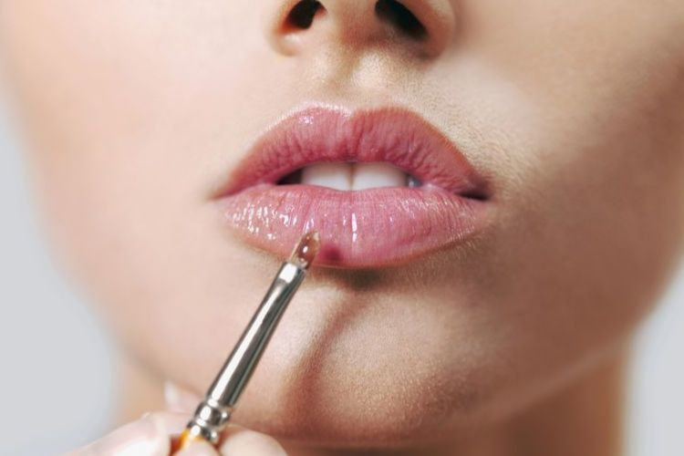 Inilah Perbedaan Lip Tint, Lip Cream dan Lip Gloss