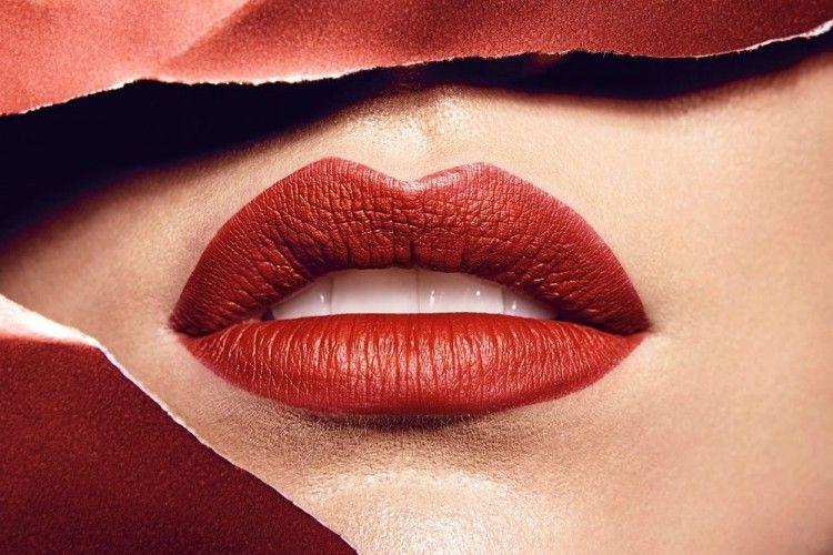 5 Cara Berciuman Bibir yang Disukai Laki-Laki