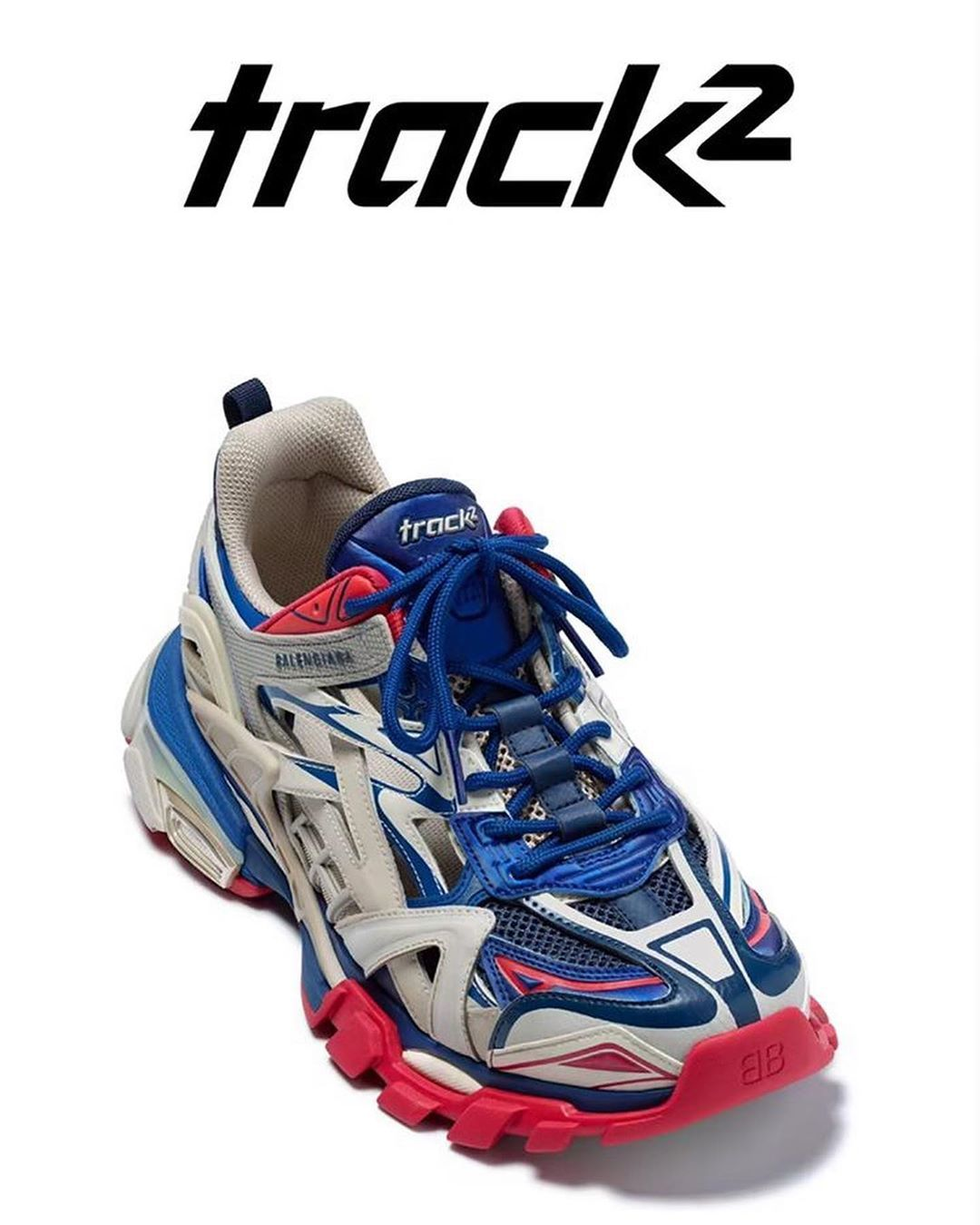 Detail Keren dari Sepatu Trainer Balenciaga Track.2!