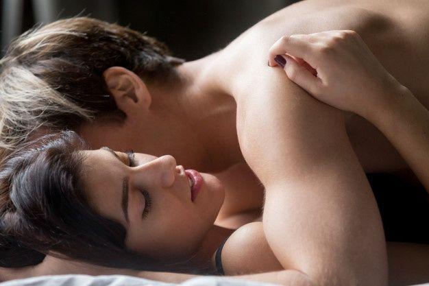 9 Tips Sukses Meraih Orgasme untuk Perempuan