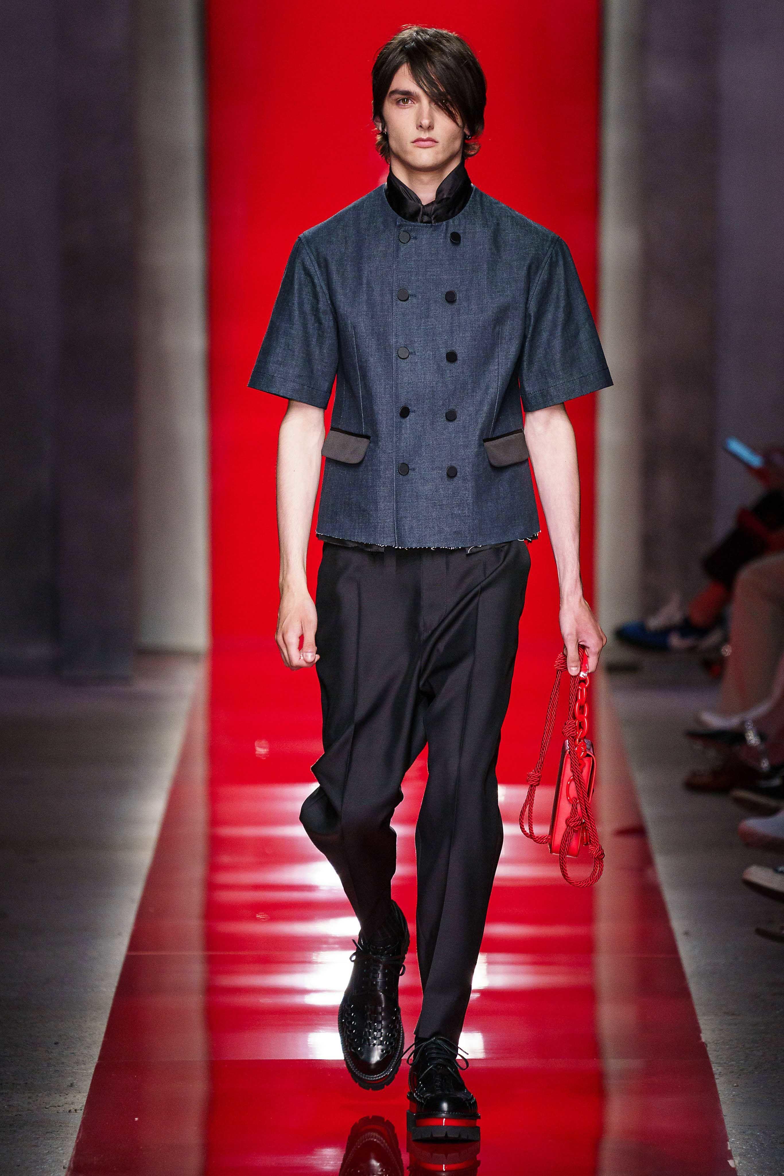 Angkat Budaya China, Desainer Ini Hidupkan Lagi Sosok Bruce Lee
