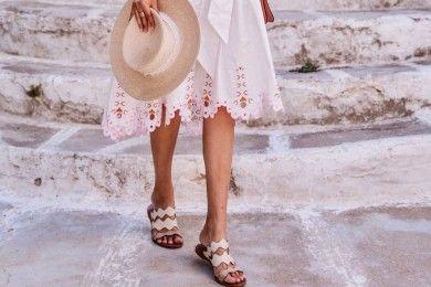 7 Sandal Warna Nude yang Cocok Dipadukan dengan Berbagai Busana