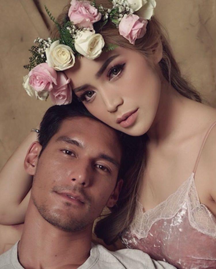 9 Gaya Pacaran Jessica Iskandar dan Richard Kyle, Mesra dan Seksi!