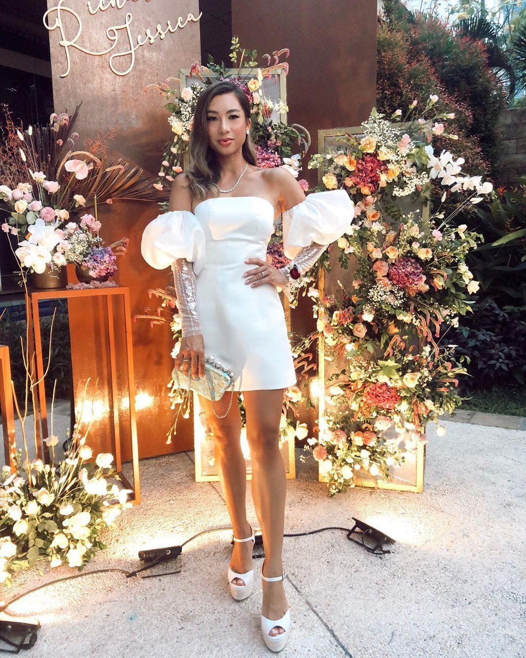 Potret Busana Glamor Girl Squad di Acara Tunangan Jessica Iskandar