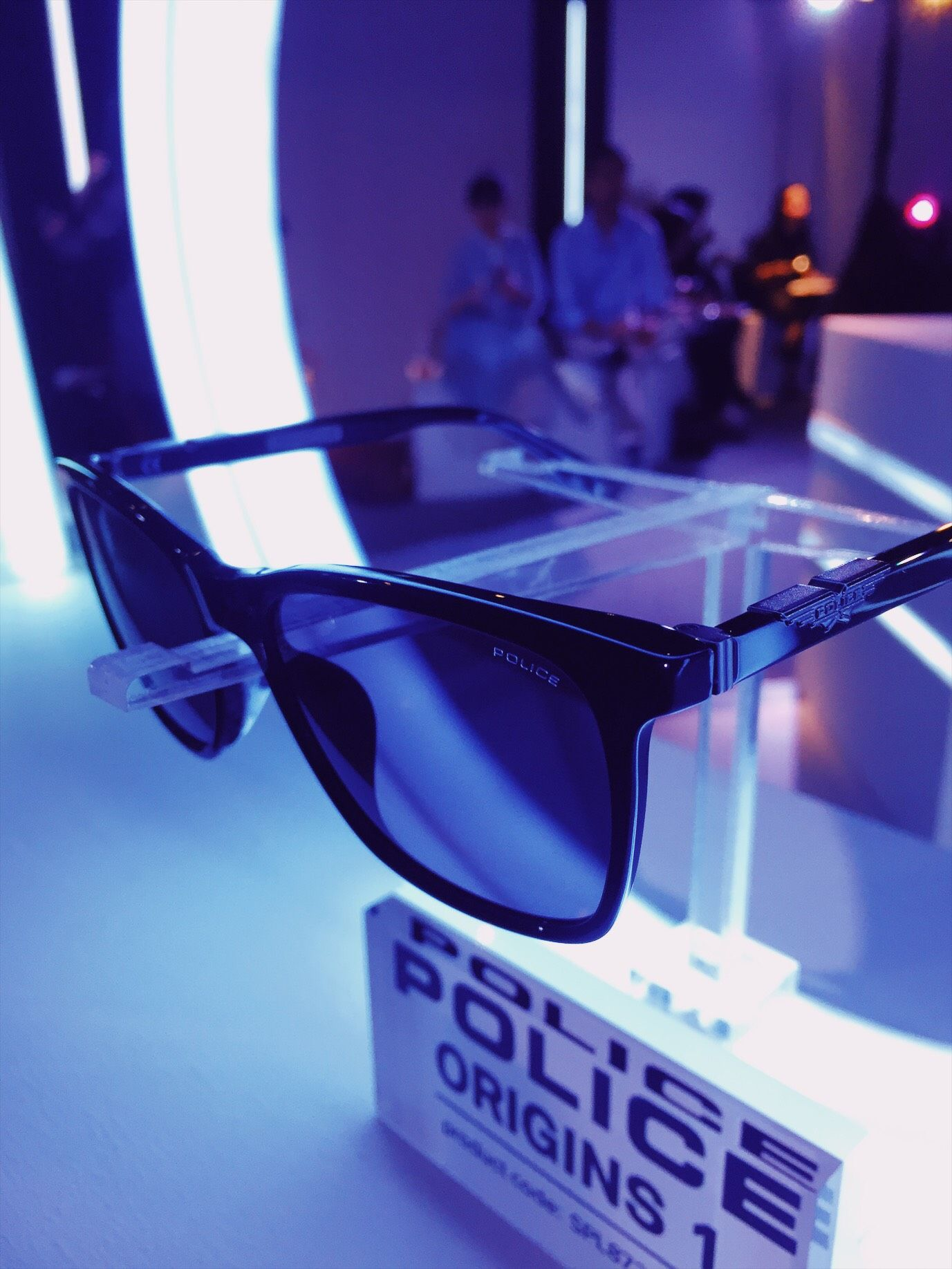 Optik Seis Rilis Kacamata POLICE Edisi Men in Black: International