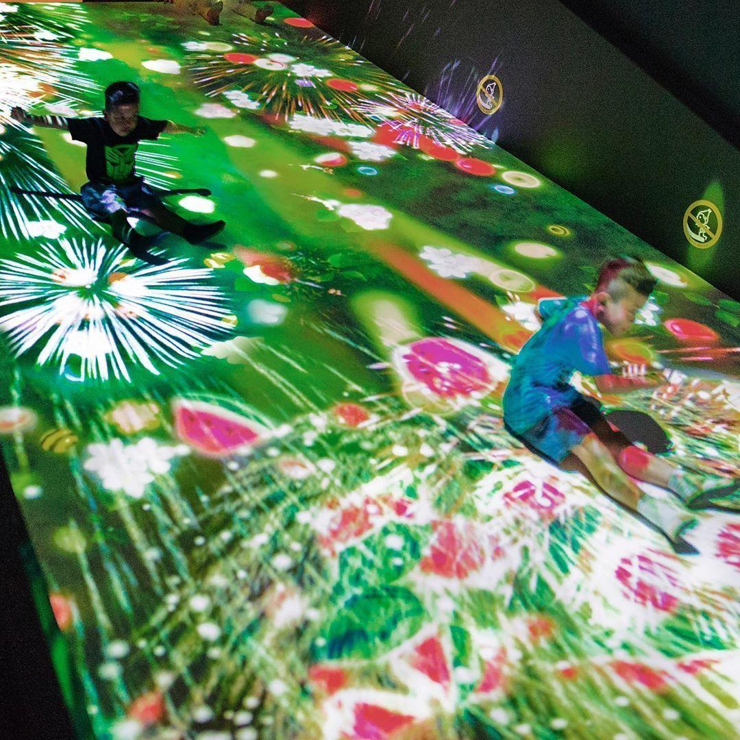 Berimajinasi di Pameran Seni Interaktif 'teamLab Future Park Jakarta'