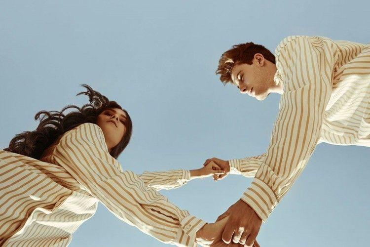 7 Sikap Dia di Awal Hubungan yang Bikin Kamu Mundur Teratur
