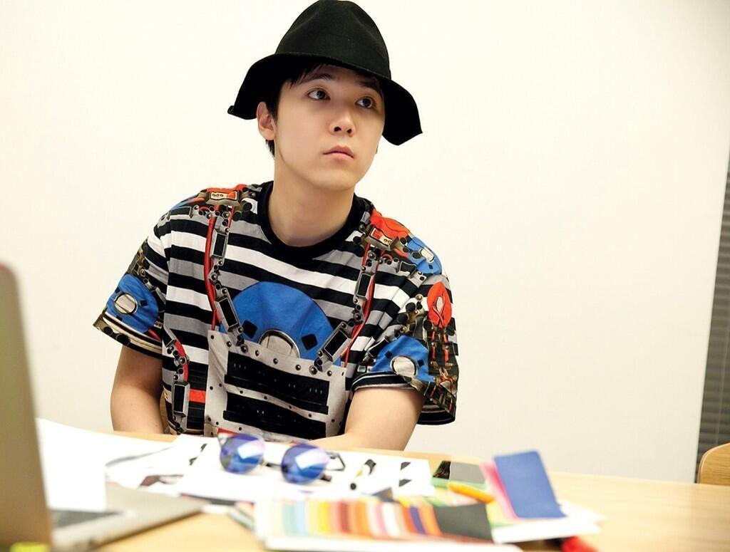 Deretan Judul Buku Ini Ditulis Oleh Idola Pop Korea