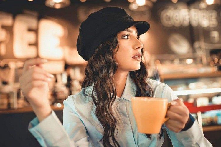 8 Cara Dapat Kenalan Baru di Coffee Shop