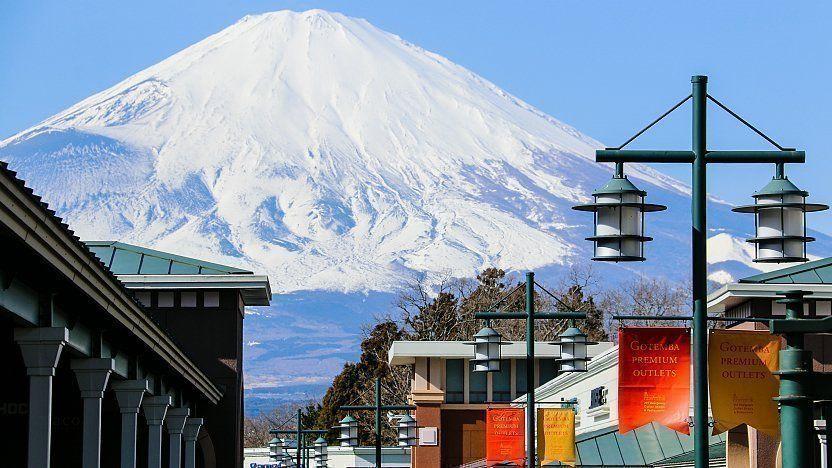 Liburan di Jepang Awkarin Habiskan Lebih dari Rp82 Juta untuk Belanja?
