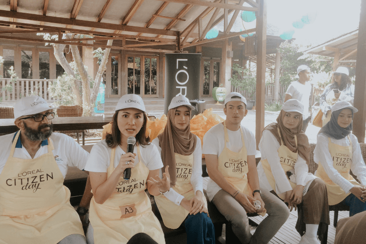 Peduli Alam, L'Oréal Tanam Pohon Mangrove di Citizen Day 2019