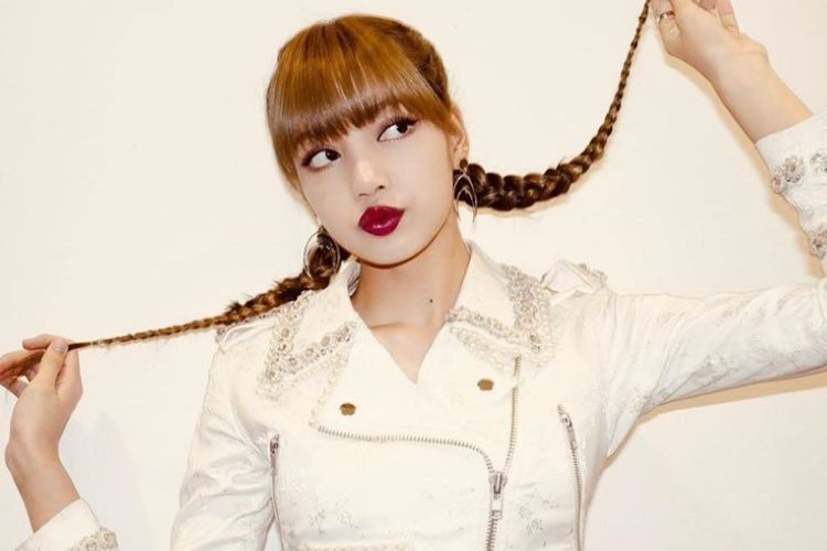 7 Gaya Makeup Lisa BLACKPINK yang Bikin Makin Ngefans