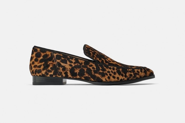 Pilihan Flat Shoes Ini Sulap Penampilan-mu 180 Derajat Lebih On Point