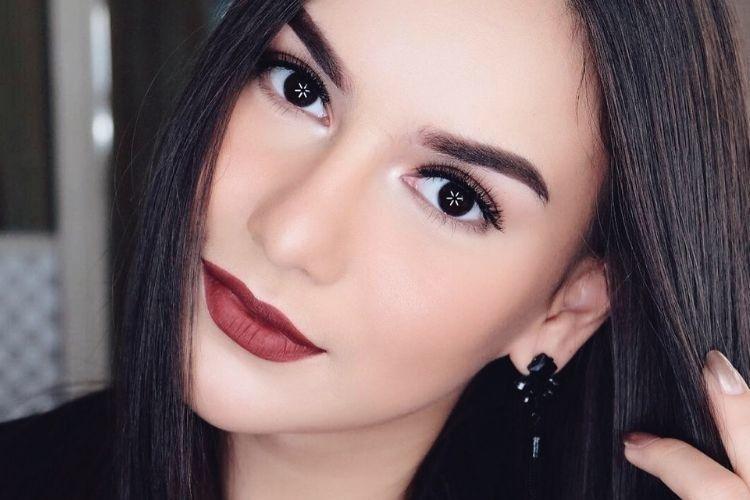 Intip 7 Gaya Makeup Irish Bella yang Menawan
