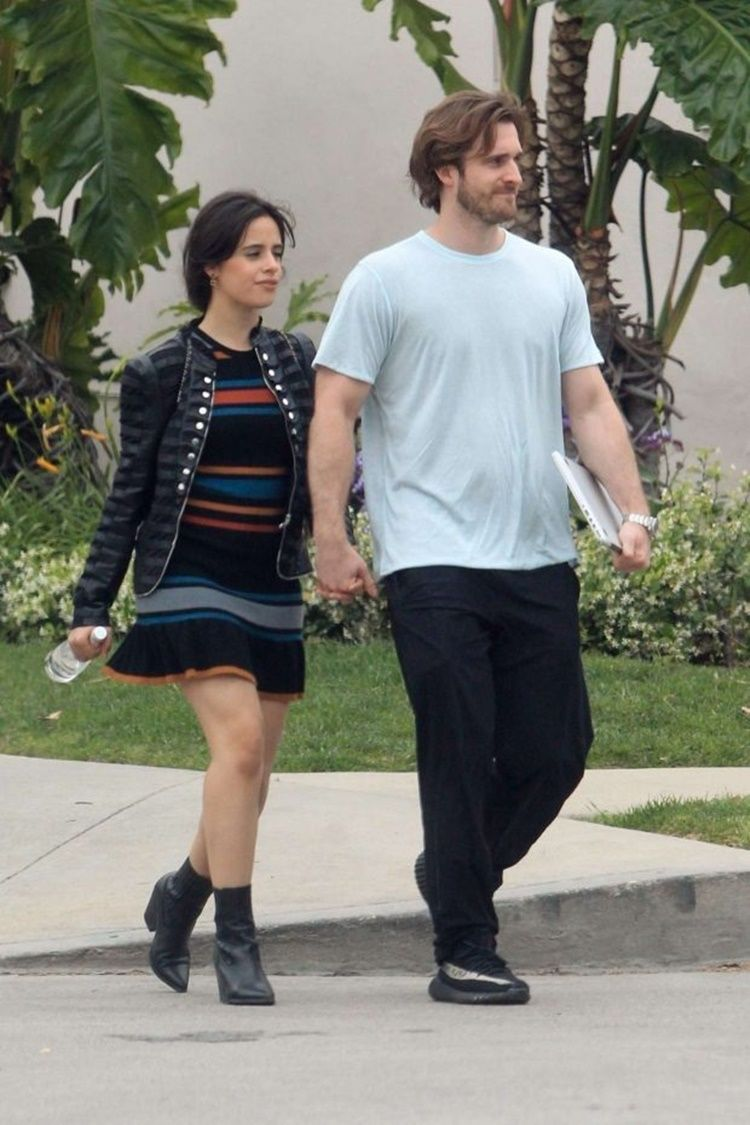 Sedih, Ini Kisah Cinta Camila Cabello & Matthew Hussey Sebelum Putus