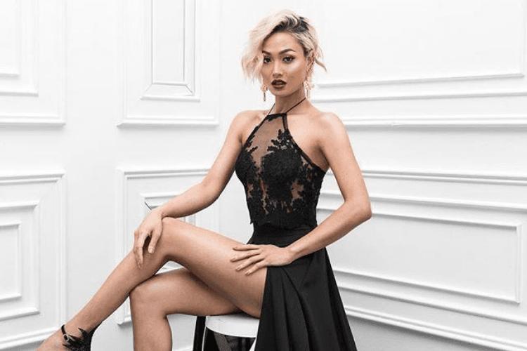 Model Baju Yang Tepat Untuk Menghadiri Pernikahan Mantan